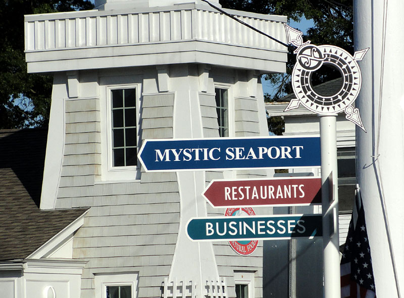 Mystic Connecticut, Mystic Seaport, Signs