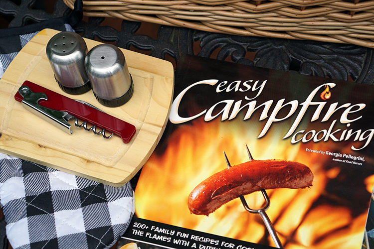 200 Campfire Recipes from the Easy Campfire Cookbook